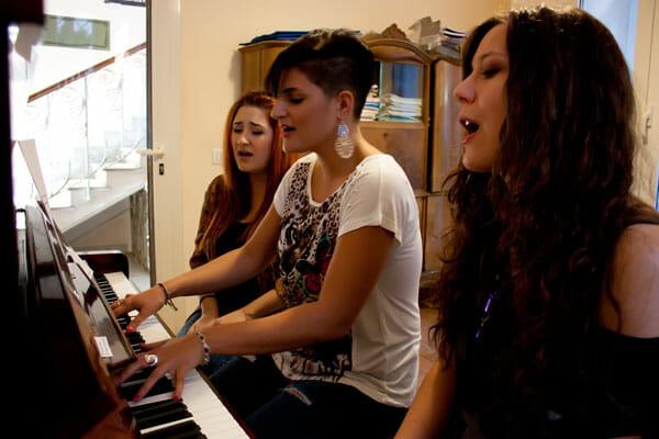 corsi collettivi di canto e strumento