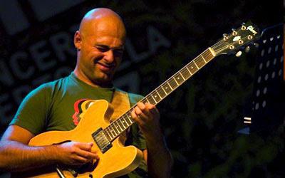 Luca Nostro lezioni di chitarra jazz e contemporanea corsi professionali di chitarra